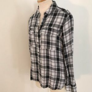 Two by Vince Camuto Plaid Button Down